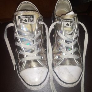 Converse Girls shoes size 2